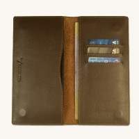 Stylish Leather Phone Wallet With Magnetic Enclosure System